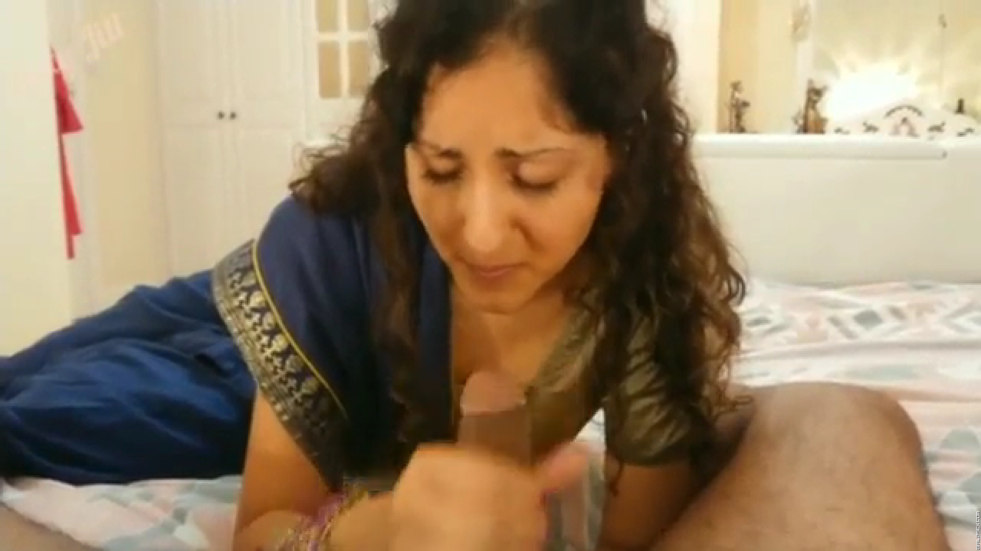 Forced to suck grand father's cock - young daughter in saree learns kamasutra.mp4